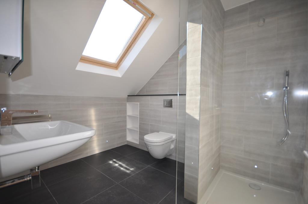 Loft bathroom on Pinterest | Attic Bathroom, Loft ...