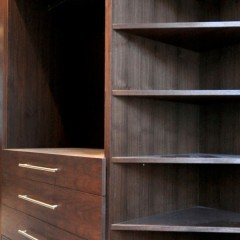 Central London Mews Home - Walk-In-Wardrobe